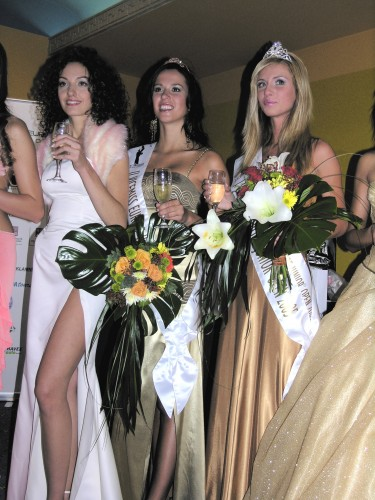 [Obrazek: miss-europe-junior-2005.jpg]